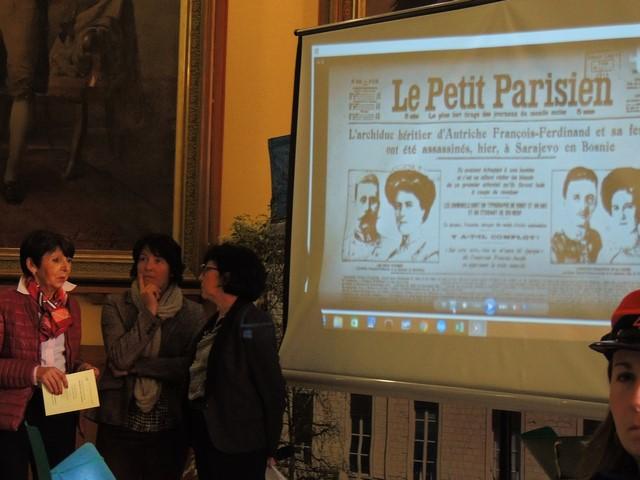 A côté de l'écran suportant la Vidéo de Gérard Vardon ,nous retrouvons de g. à d. Mmes Dany Castaing, Anne Galissère et Laurence Maïoroff