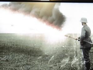 Une démonstration de l'efficacité d'un lance-flammes
