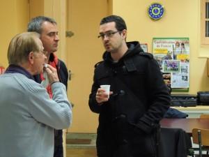 William converse avec Jean-Claude et Eric