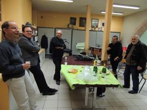 Jean-Luc; Damien; Serge Zaïa; Gérard et Alain sont autour de la table