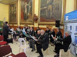 Les musiciens, et à droite Daniel au sax baryton