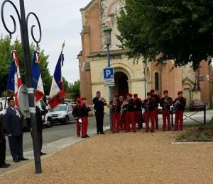 Les musiciens de La Lyre Agenaise pendant l'exécution de La Marseillaise