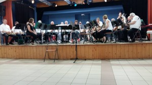 Les musiciens  en place pour le début de ce concert