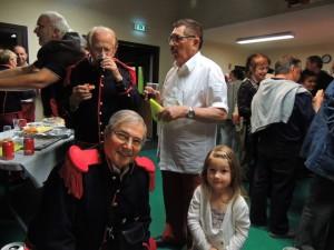 Et une dernière photo sous le regard de Jean-Claude et Jean-Louis à ses côtés : Et voilà - C'est fini!