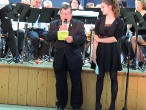 Jacques Magné se présente en tant que Président de l'Harmonie La Fleurantine, avec à ses côté Kassandra Cazeneuve, Vice-présidente