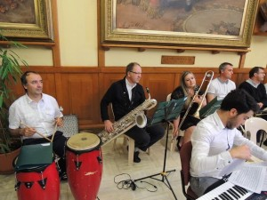 Pascal joue le baryton et Aurore au trombone