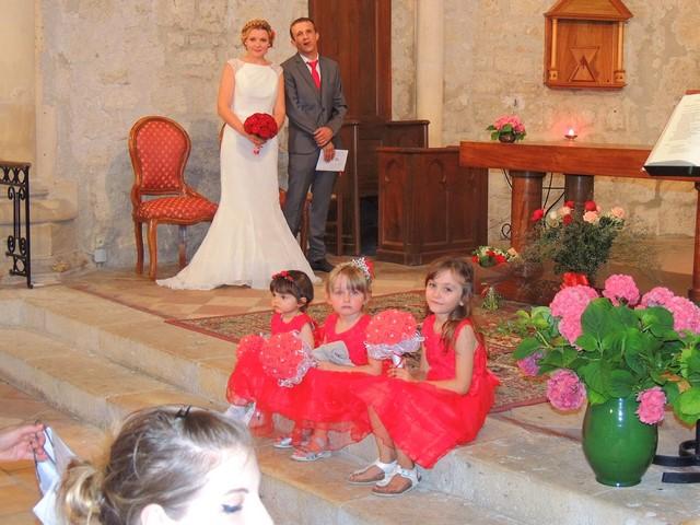 Les mariés Nadejda et Pierre  durant la cérémonie