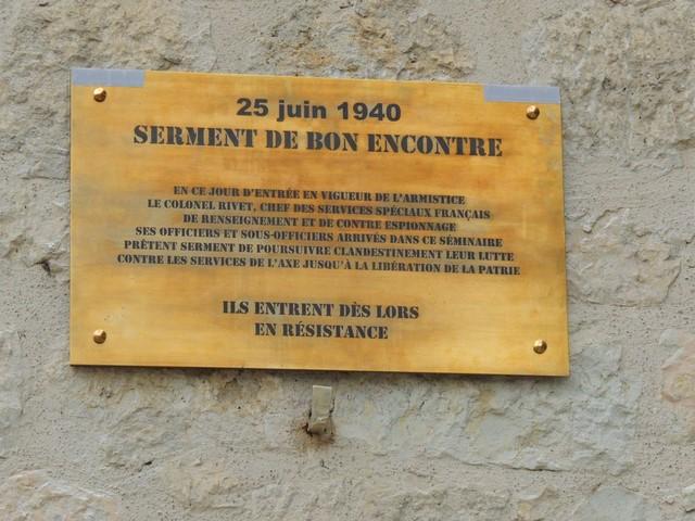 La plaque portant la date du 25 juin 1940, jour du serment de Bon Encontre