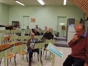 Jacques notre vétéran au Sax Alto et au fond les trompettes Gérard,Jean-Louis, Philippe et Maurice
