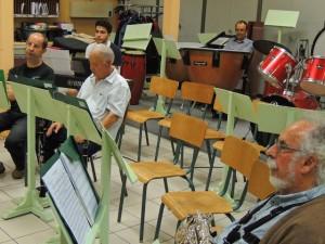 Bien seuls, à droite les clarinettes Julien et Jean-Luc (les autres pupitres de sax alto étaient libres