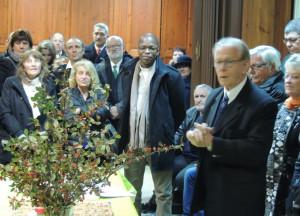 Jean-Claude Fondriest poursuit par des appréciations chaleureuses sur l'exécution musicale au cours de cette office