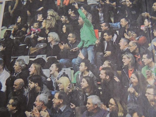 Le stade était comble et tous les supporters de chaque camp ont maintenu la pression