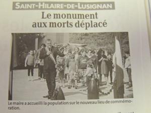 Le Maire Pierre Delouvrié ouvre la cérémonie en présentant et en faisant l'historique de ce nouveau monument déplacé à l'entrée d'une cité ,lieu plus calme qu'en bordure de la route départementale 813 .