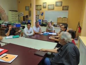 Mis une rallonge entre les deux parties de table.Jean-Michel Laclaverie Président en bout-Eric à sa droite et Anna et Gérard à sa gauche
