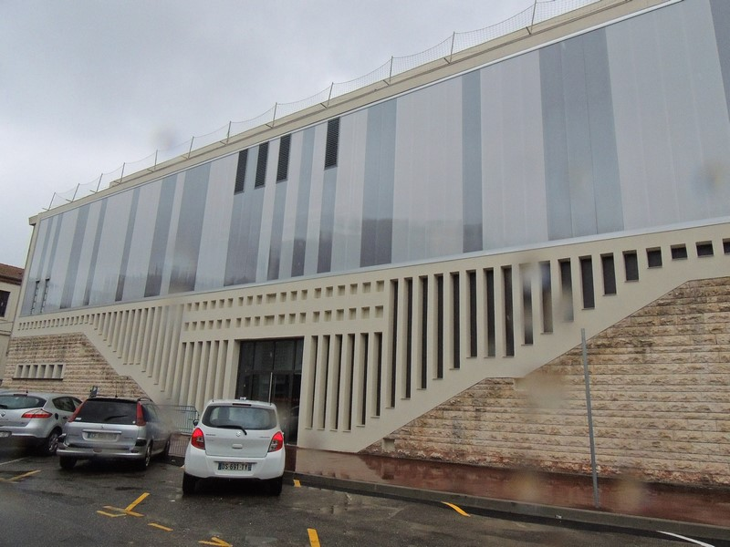 Nouvelle façade et entrée des salles de judo et escrime rue Paul Pons à Agen