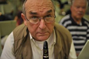 Jean Michel Paravis un ancien musicien clarinettiste de la Lyre, revient avec la volonté de participer au succès de ce nouvel ensemble