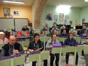 Devant les sax Alto second rang les Sax  Ténor et derrière à gauche Jean Philippe à la batterie