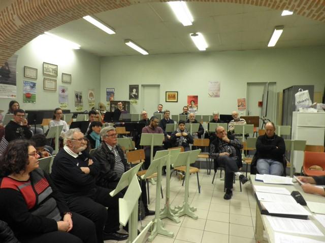 L'assemblée au début de la réunion - au 1er rang à gauche Nathalie Tourrès qui sera élue au C.A. et au poste de Trésorière adjointe
