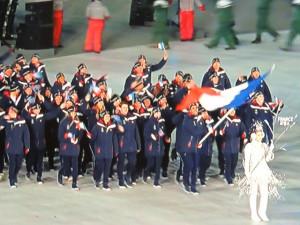 Lors du défilé, la délégation des athlètes français