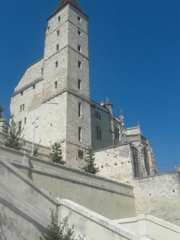 Voici l'Escalier monumental d'Auch