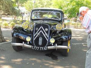 On l'a reconnaît de suite la 15 CV Citroën